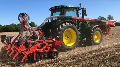STRIGER 100, outil de strip-till KUHN